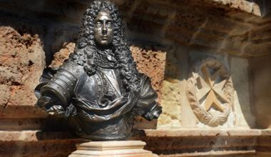 Bronze Bust of Grand Master de Vilhena returns to Fort Manoel gate