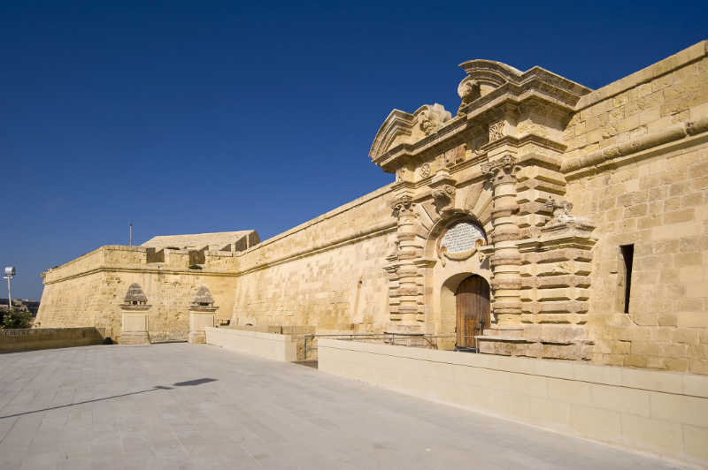 Restoration of Fort Manoel